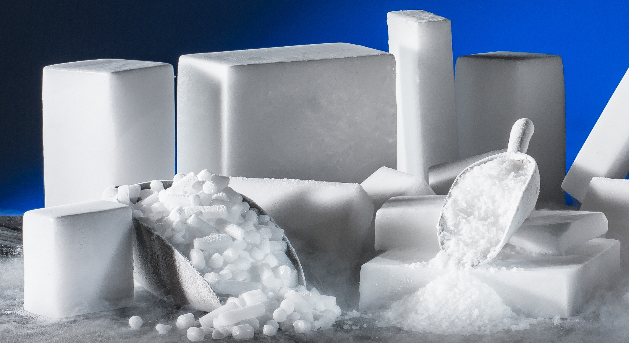 dry ice Dry ice, sometimes referred to as cardice (chiefly by british chemists), is the  solid form of carbon dioxide it is used primarily as a cooling agent its  advantages.